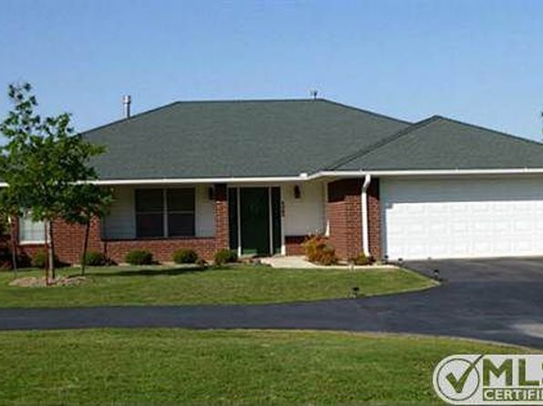 3 bed 2 bath Single Family at 1020 S Graham St Stephenville, TX, 76401 is for sale at 235k - 1 of 51