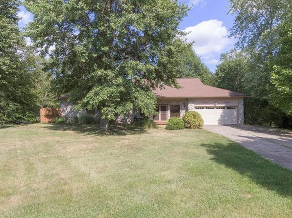 3 bed 4 bath Single Family at 286 Big Horn Ln Seymour, IN, 47274 is for sale at 260k - 1 of 29
