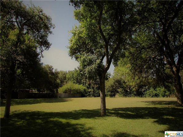 null bed null bath Vacant Land at 512 HERMITAGE ST SEGUIN, TX, 78155 is for sale at 40k - 1 of 3