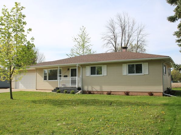 4 bed 3 bath Single Family at 1009 E 6th St Sandwich, IL, 60548 is for sale at 200k - 1 of 20