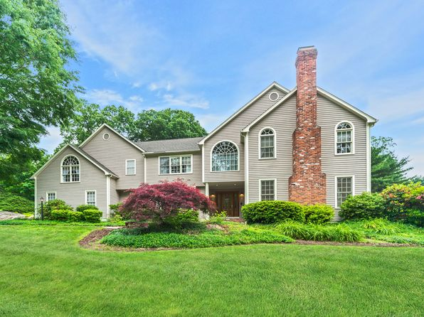 4 bed 4 bath Single Family at 120 Putney Chapel Way Stratford, CT, 06614 is for sale at 555k - 1 of 21