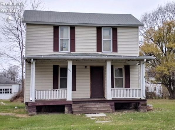 4 bed 2 bath Single Family at 640 Monroe St Port Clinton, OH, 43452 is for sale at 34k - google static map