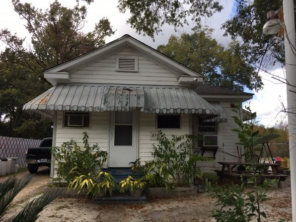 5 bed 3 bath Single Family at 311 Lakeview St Pineville, LA, 71360 is for sale at 95k - google static map