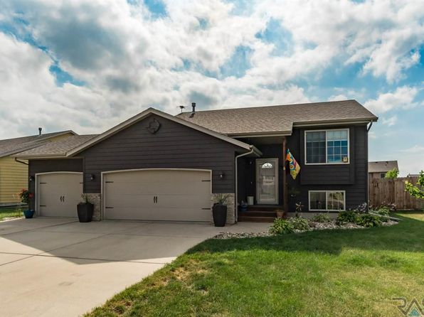 3 bed 2 bath Single Family at 4709 S Vista Park Ave Sioux Falls, SD, 57106 is for sale at 230k - 1 of 36