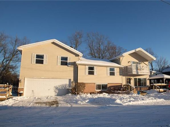 5 bed 2.5 bath Single Family at 780 Lakeview Dr White Lake, MI, 48386 is for sale at 270k - 1 of 31