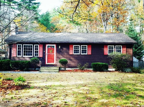 2 bed 1 bath Single Family at 44 Spaulding St Townsend, MA, 01469 is for sale at 240k - 1 of 24