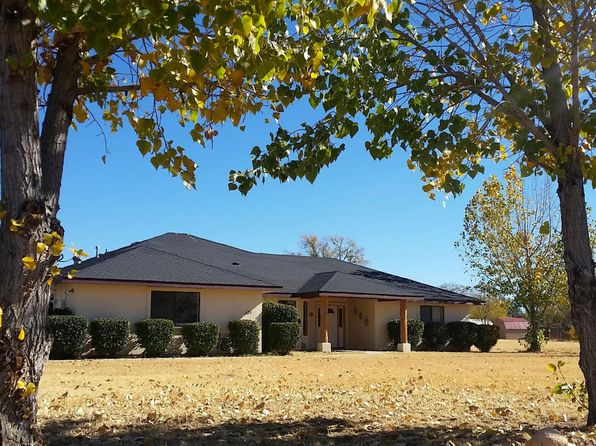 3 bed 2 bath Single Family at 523 Grove Ln Chino Valley, AZ, 86323 is for sale at 329k - 1 of 27