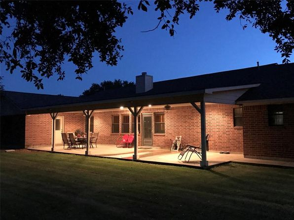 4 bed 3 bath Single Family at 634 Beasley West End Rd Beasley, TX, 77417 is for sale at 385k - 1 of 30