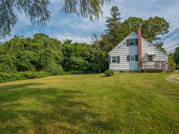 3 bed 1 bath Single Family at 181 Point Judith Rd Narragansett, RI, 02882 is for sale at 289k - 1 of 14