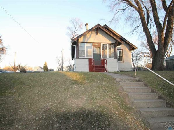 2 bed 1 bath Single Family at 1230 N Dakota Ave Sioux Falls, SD, 57104 is for sale at 75k - 1 of 17