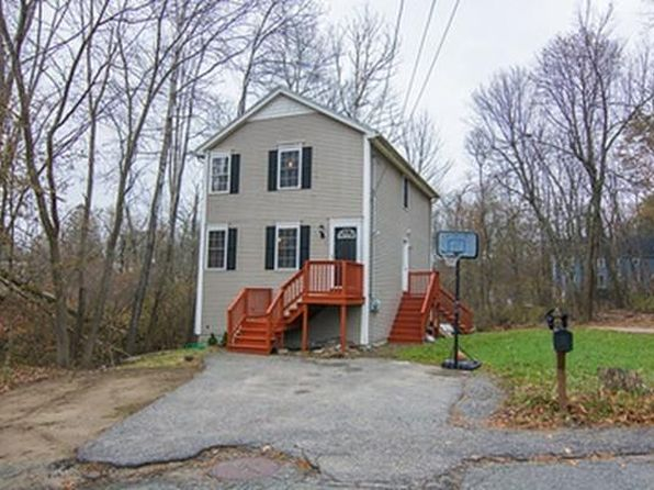3 bed 2 bath Single Family at 2 Hayes St Methuen, MA, 01844 is for sale at 295k - 1 of 29