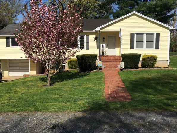 3 bed 2 bath Single Family at 2345 BIRCH AVE BUENA VISTA, VA, 24416 is for sale at 188k - 1 of 17