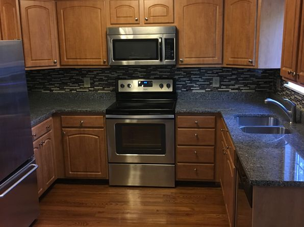 2 bed 2 bath Condo at 135 Pleasant View Ave Smithfield, RI, 02917 is for sale at 210k - 1 of 5