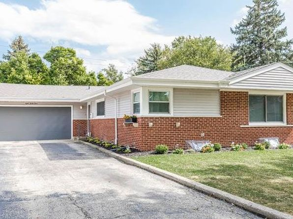 4 bed 2 bath Single Family at 833 Madelyn Dr Des Plaines, IL, 60016 is for sale at 325k - 1 of 21