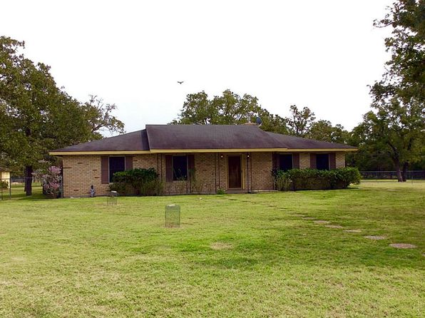 3 bed 2 bath Single Family at 1201 County Road 227 Giddings, TX, 78942 is for sale at 150k - 1 of 31