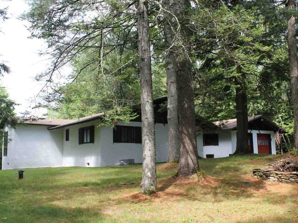 3 bed 3 bath Single Family at 124 Vacation Lodge Rd Londonderry, VT, 05148 is for sale at 197k - 1 of 31