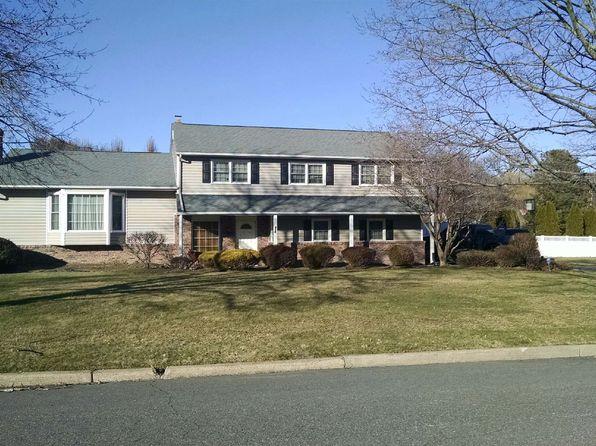 4 bed 3 bath Single Family at 816 Allison Dr Rivervale, NJ, 07675 is for sale at 699k - 1 of 11