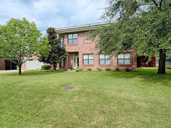 4 bed 3 bath Single Family at 6629 Gold Dust Trl Dallas, TX, 75252 is for sale at 500k - 1 of 35