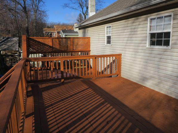 3 bed 2 bath Single Family at 8 Bergen Trl Hopatcong, NJ, 07843 is for sale at 286k - 1 of 22