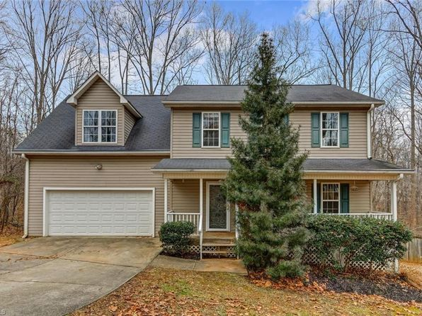 3 bed 3 bath Single Family at 7914 Daltonshire Dr Oak Ridge, NC, 27310 is for sale at 245k - 1 of 30