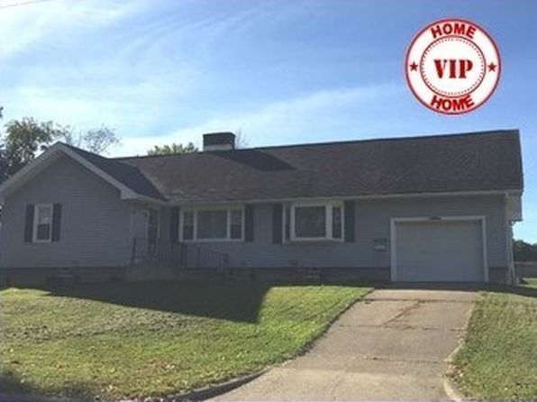 3 bed 1 bath Single Family at 1011 Bank St Ashland, OH, 44805 is for sale at 140k - 1 of 17