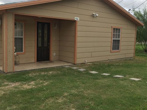 2 bed 1 bath Single Family at 556 Memo Robinson Rd Eagle Pass, TX, 78852 is for sale at 130k - 1 of 6