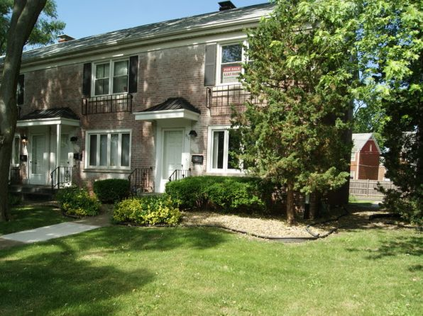 2 bed 1 bath Townhouse at 911 N Raynor Ave Joliet, IL, 60435 is for sale at 107k - 1 of 29