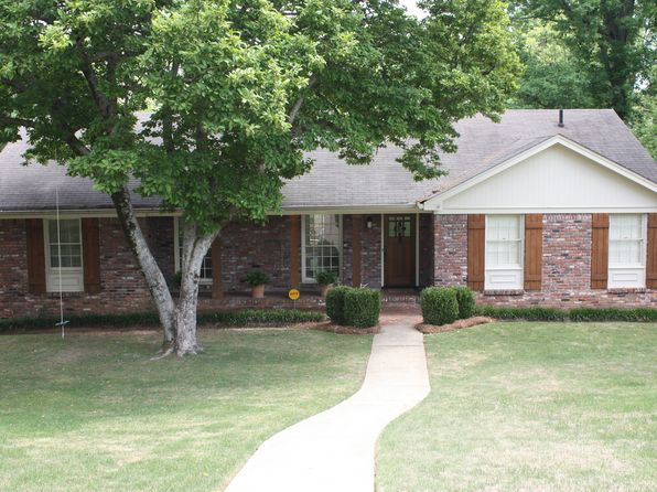 4 bed 3 bath Single Family at 2617 Willow Brook Ln Vestavia, AL, 35226 is for sale at 350k - 1 of 41
