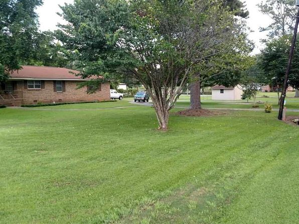 3 bed 2 bath Single Family at 8956 Co Rd Rockford, AL, 35136 is for sale at 90k - 1 of 3