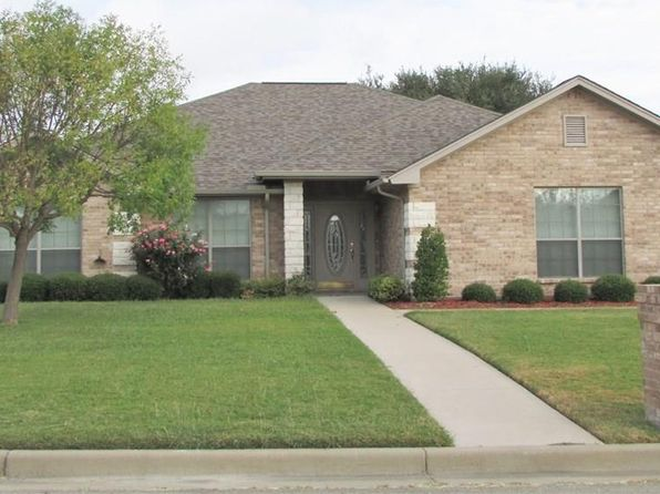 3 bed 2 bath Single Family at 301 Midnight Shadow Stephenville, TX, 76401 is for sale at 205k - 1 of 28