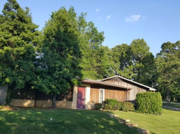 2 bed 2 bath Single Family at 405 S Lincoln Rd Monett, MO, 65708 is for sale at 125k - 1 of 10