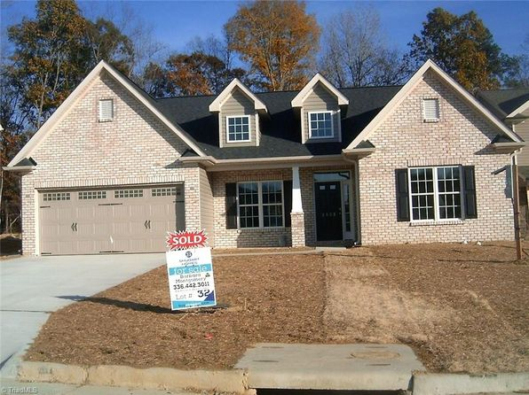 4 bed 3 bath Single Family at 2932 Grassy Knoll Cir Thomasville, NC, 27360 is for sale at 225k - 1 of 8
