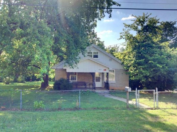 3 bed 1 bath Single Family at 2657 N Kellett Ave Springfield, MO, 65803 is for sale at 65k - 1 of 11