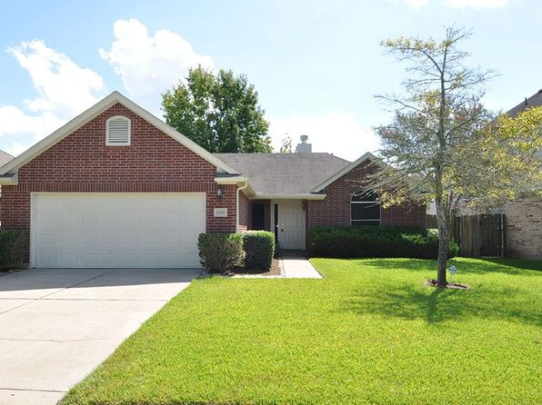 3 bed 2 bath Single Family at 17231 Stratford Green Dr Sugar Land, TX, 77498 is for sale at 215k - 1 of 27