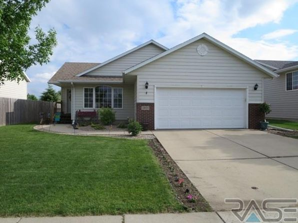4 bed 2 bath Single Family at 7321 W Leah St Sioux Falls, SD, 57106 is for sale at 215k - 1 of 20