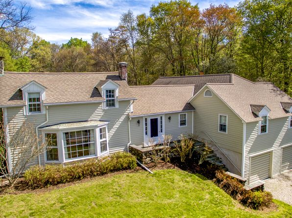 5 bed 4 bath Single Family at 153 Belgo Rd Lakeville, CT, 06039 is for sale at 745k - 1 of 19