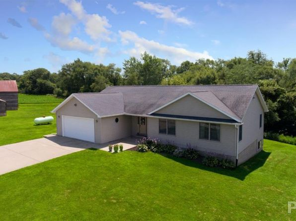 3 bed 3 bath Single Family at 8706 S Powell Rd Bartonville, IL, 61607 is for sale at 500k - 1 of 36