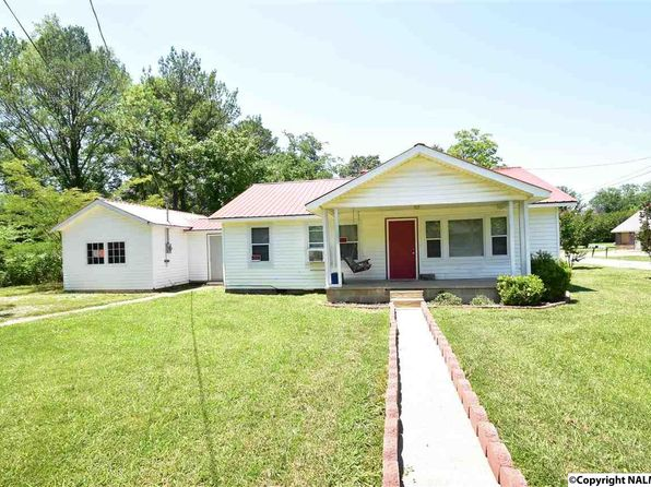 2 bed 1 bath Single Family at 142 Whitt St New Hope, AL, 35760 is for sale at 60k - 1 of 12