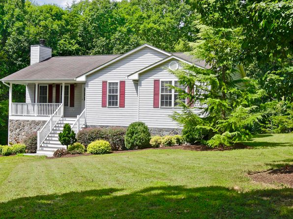 3 bed 3 bath Single Family at 250 Oak Garden Dr Boones Mill, VA, 24065 is for sale at 239k - 1 of 50