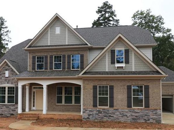 4 bed 4 bath Single Family at 2015 Donovan Dr Matthews, NC, 28104 is for sale at 475k - 1 of 4