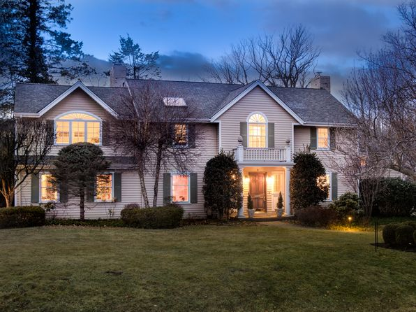 singles in short hills Looking to buy single family homes & houses find single family homes & houses in short hills at njcom real estate.