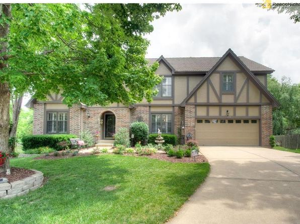 4 bed 3.2 bath Single Family at 13809 Craig St Overland Park, KS, 66223 is for sale at 365k - 1 of 25