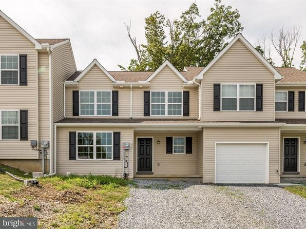 3 bed 3 bath Townhouse at 273 Wildflower Dr East Earl, PA, 17519 is for sale at 175k - 1 of 21