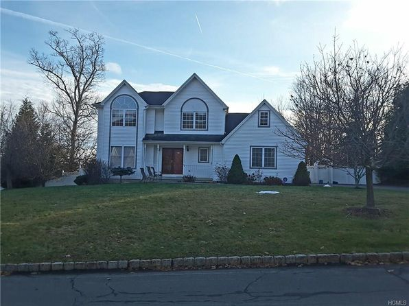 4 bed 3 bath Single Family at 48 Country Holw Highland Mills, NY, 10930 is for sale at 599k - 1 of 30