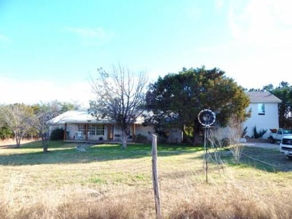 4 bed 3 bath Single Family at 1500 Fm 1494 Lampasas, TX, 76550 is for sale at 450k - 1 of 26