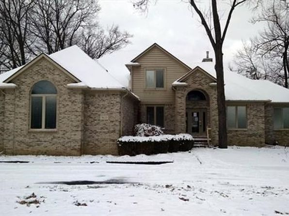 5 bed 4 bath Single Family at 7625 Cameo Ln Clarkston, MI, 48348 is for sale at 485k - 1 of 22