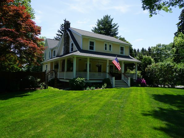 5 bed 5 bath Single Family at 123 WEST AVE DARIEN, CT, 06820 is for sale at 1.39m - 1 of 25