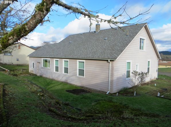 4 bed 1 bath Single Family at 747 Cedar St Yoncalla, OR, 97499 is for sale at 165k - 1 of 26