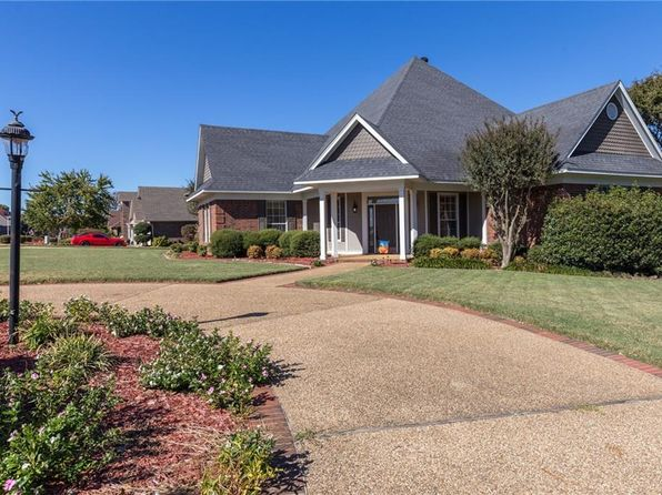 4 bed 4 bath Single Family at 1900 Park Ridge Dr Van Buren, AR, 72956 is for sale at 300k - 1 of 30
