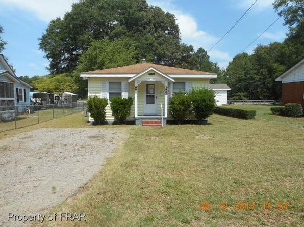 2 bed 1 bath Single Family at 315 N Elm St Maxton, NC, 28364 is for sale at 17k - 1 of 8